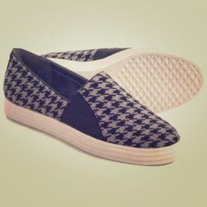 Aerosoles Fashion Sneaker, Houndstooth Sz 8.5